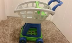 Cute cart for young kids to play with.