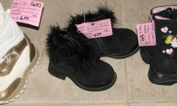 Size 6 Boots I have TONS of Shoes available in sizes 1-12. All shoes are in excellent, Like-New Condition. Prices vary please zoom in on picture for more info. Individual pictures are not provided. . From a smoke free Home (not a store) All 400+ of my