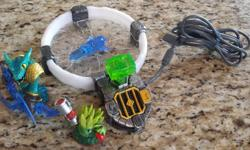 Skylanders Trap Team Pack - in perfect condition! 1 CD: Skylanders Trap Team for XBOX 360 1 Portal platform 2 Skylanders figurines 2 Portal keys Asking: $35 O.B.O.