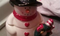 2 to choose from, SNOWMAN THEME. One large and one small. Or take both for $15. LIKE NEW.