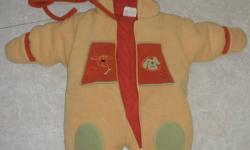 Snowsuit with hat - size 6months. very warm and in amazing condition Smoke free home, located in Cataraqui Woods $5