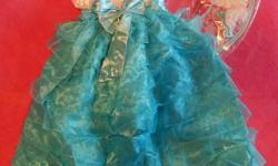 Lovely fancy blue dress in Southern style with gloves and hat. Lots of individual frills. SIZE: labelled for 3T - 4T Measures chest 20 - 22 in, length 28 in Original packaging. Smoke and pet free. Cross posted. First come.
