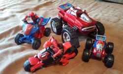 Both vehicles rotate to create different looks. Removable man with motorcycle and quad.