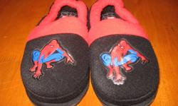 Size 8/9 Spidermen light up slippers.  These are just like new as our son does not like wearing slippers as these were only worn a couple of times.   Smoke and pet free. Check out my other ads