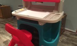 Step 2 Kids Art / Drawing Desk
