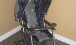 Great little stroller, includes bottom storage area and maneuvers smoothly. See other ads.