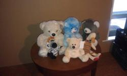 i have multiple stuffed animals that i have collected over the last 10 years   $1 each or the whole bunch for $15