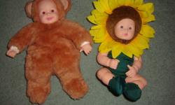 Anne Geddes Doll-A sunflower doll. In good condition. Selling it for $7. Teddy doll sold. I can deliver to Pembroke. Contact through email.   Please check out my other ads.