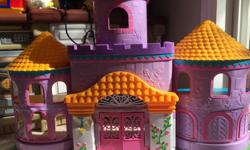 Toy castle,approx 1 meter wide.