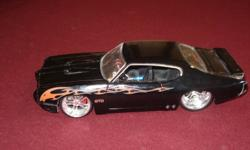 TOYS for sale!All in EXCELLENT CONDITION !!!Diecast muscle car & 2 motorcycles.Take your pick !Asking $5/photo or $10/3 photos.Call 519 436 1172