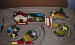 In good shape, only missing one piece. Can be used for hotwheels or thomas toys. You pick up, Dunmore.  403-528-4844