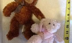 D Kinda like Gund. See picture. Price is for the set.