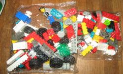 For sale is a vintage lego set that has never been opened. It's the lego creator #4115