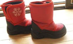 nice warm winter boots $7 each smoke free home size 6 ca - 22 eur